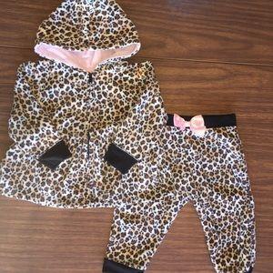Other - 👶🏽 3/$12 Baby leopard fleece set